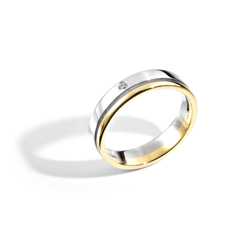 2048 Diamond Split Ring