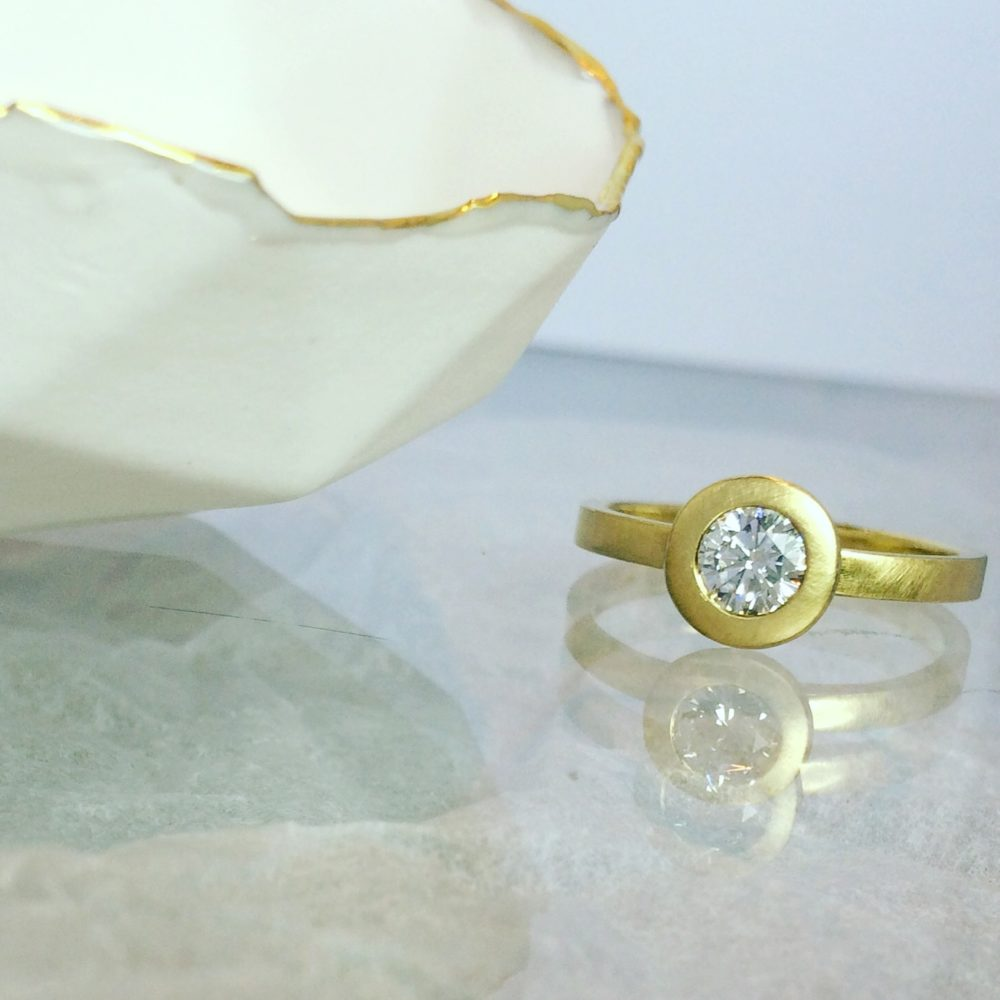 Collet Diamond Ring Bowl